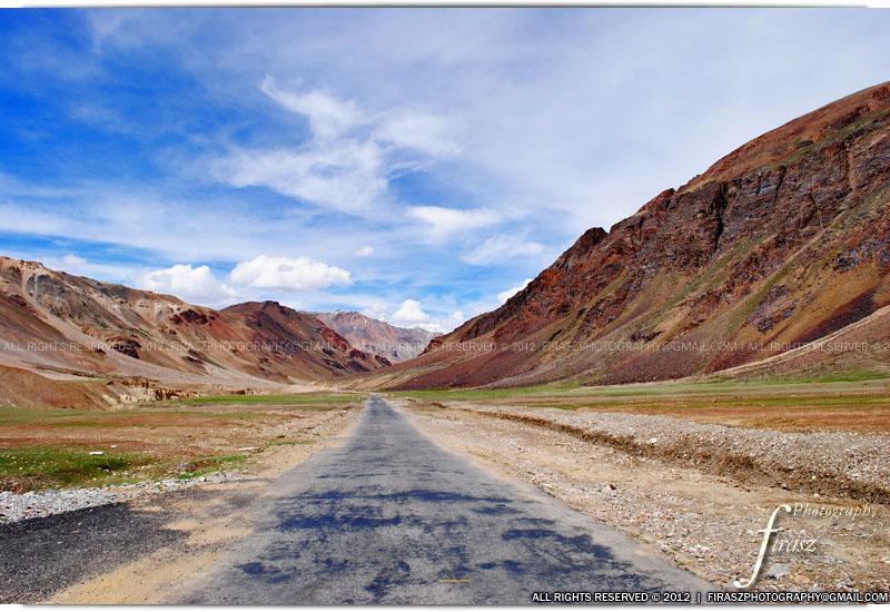 Towards Sarchu, Kashmir, India