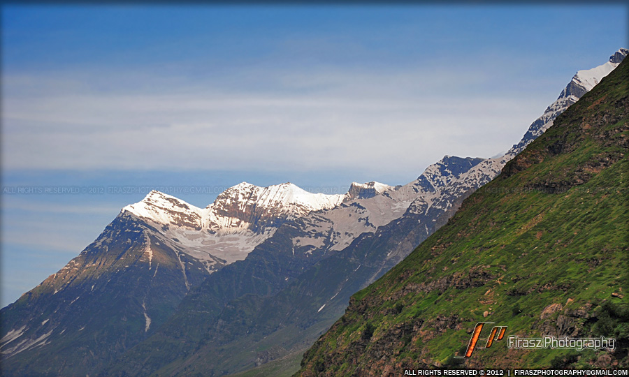 Snowcapped mountain sights nearing Himalayas